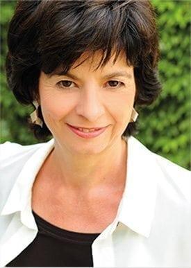 Startseite Porträt Dr. Caroline Schmauser